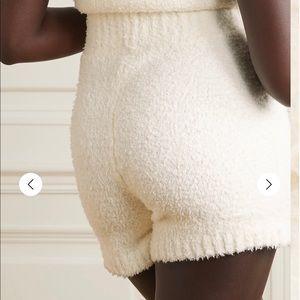 NWT SKIMS Cozy Knit Shorts - Bone L/XL